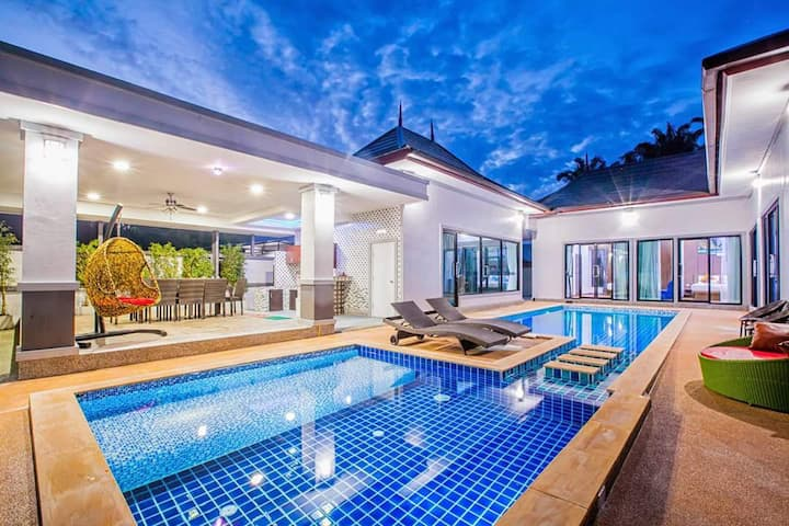 View Park Pool Villas