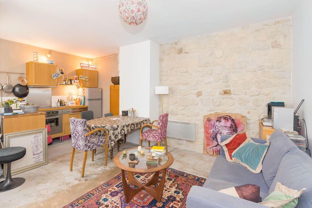 Joli appartement vue tour eiffel appartements louer for Appartement atypique a louer ile de france