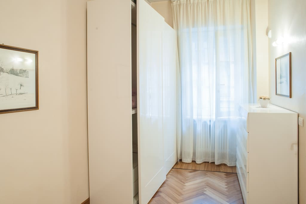 Bedroom - wardrobe