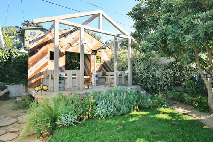 Whimsical Guest House with Chickens - Los Angeles - Huis