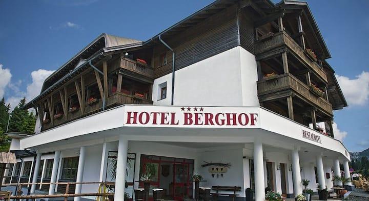Hotel Berghof am Nassfeld