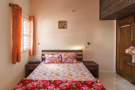 Sampada HomeStay - A furnished 2BHK Apartment (C4) - Bengaluru