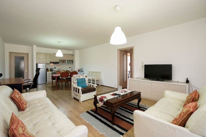 The HEART of City6 - Tirana - Appartement
