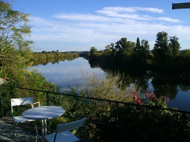 The view from the terrace, wide enough to accomodate 8 people for wonderfull diners over the quiet water and the wildlife
