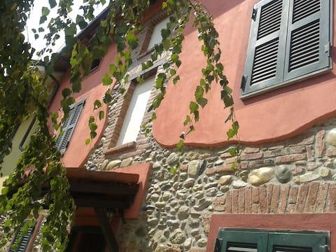 Casa in pietra dell'800