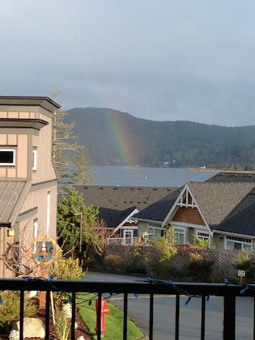 Upscale Sooke Vacation Rental with Spectacular Views