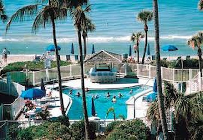 **Beachfront Resort** Longboat key