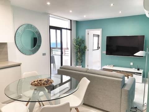 Luxury apartment overlooking the ocean