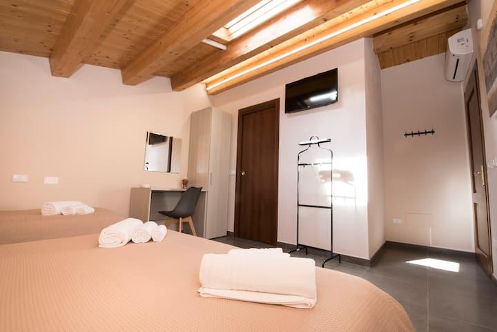 Casa Malaclà-Tripla con bagno privato