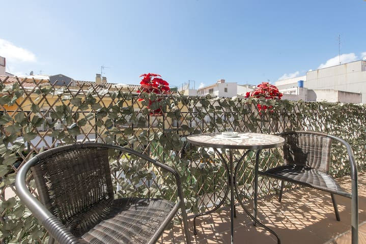 • Apartment