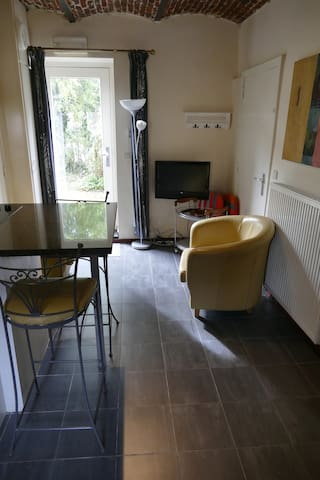 Cour Daix 2 persons apartment nearby Liege