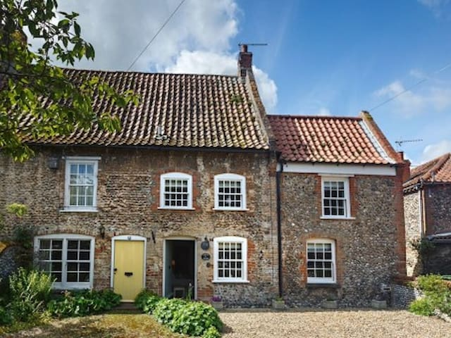 Wagtail Cottage, Stiffkey, Norfolk - Stiffkey - Vacation home