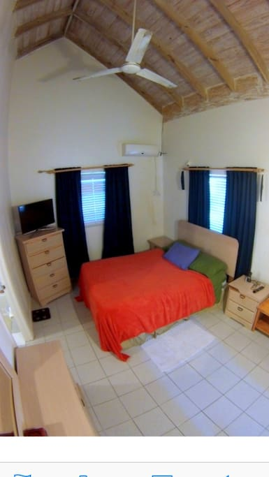 Cozy One Bedroom Pool Satelite Tv Apartments For Rent In Nassau New Providence Bahamas