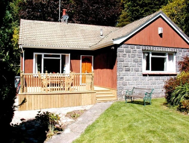 Bungalow in historic seaside town - Beaumaris - Bungalo