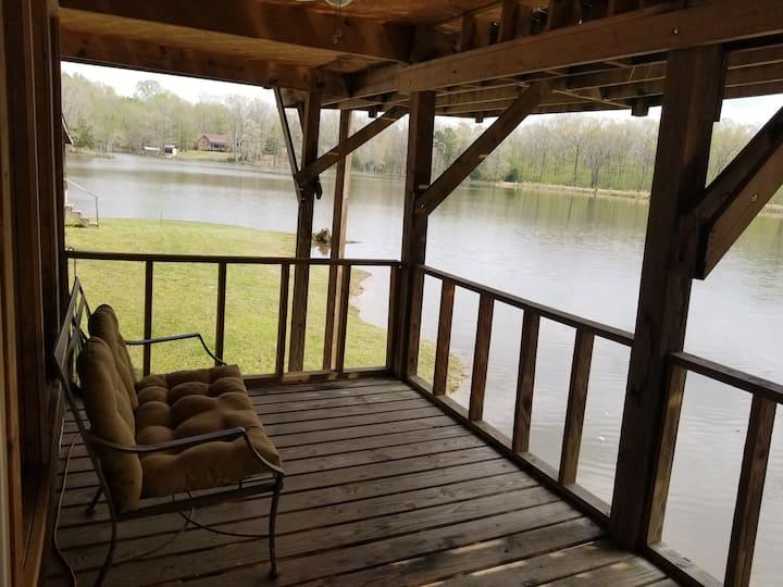 Baird Lake Cabin #3 Spacious Lakefront Property