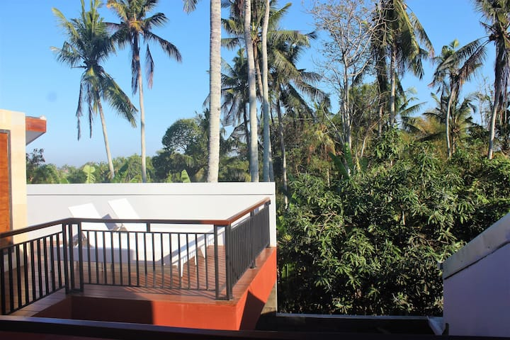 Whole 2 Bedroom Villa in a quiet area of Tanah Lot