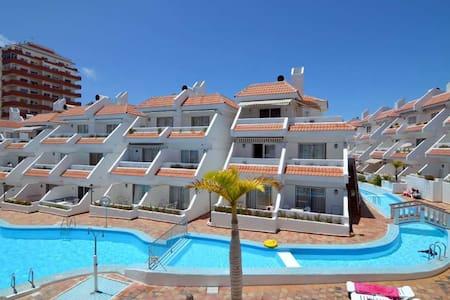 Good one bedroom apartment in Playa deLas Americas - 阿罗纳 - 公寓