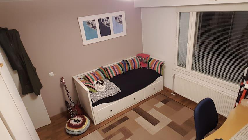 12 m² room in Jyväskylä.