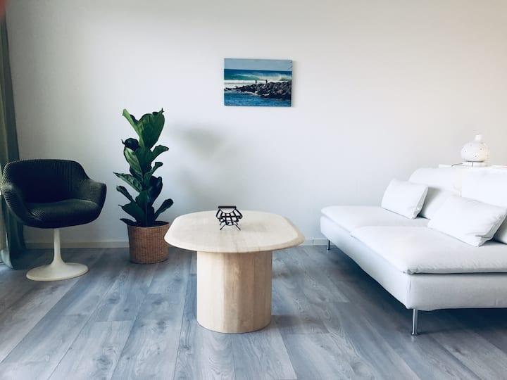 Design-Wohnung im Villenviertel