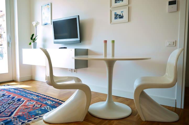 Appartamento luminoso, centrale e con garage - Salerno - Apartmen