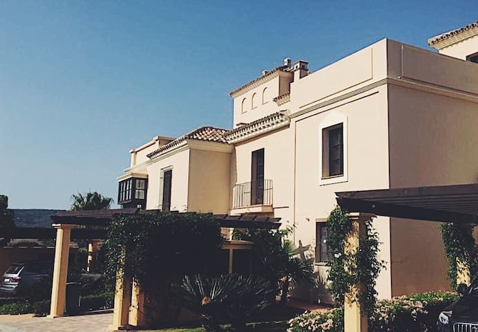 Villa La Reserva, Sotogrande - San Roque - Haus