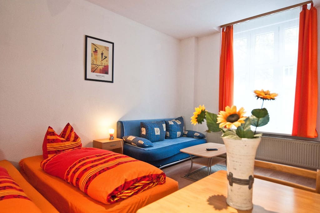 Pension am traveplatz zimmer 1 apartamentos en alquiler for Apartamentos en berlin