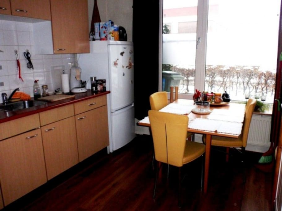 Kitchen downstairs and dining table