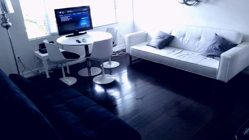 Fall into the waves from the bed - Miami Beach - Apartament
