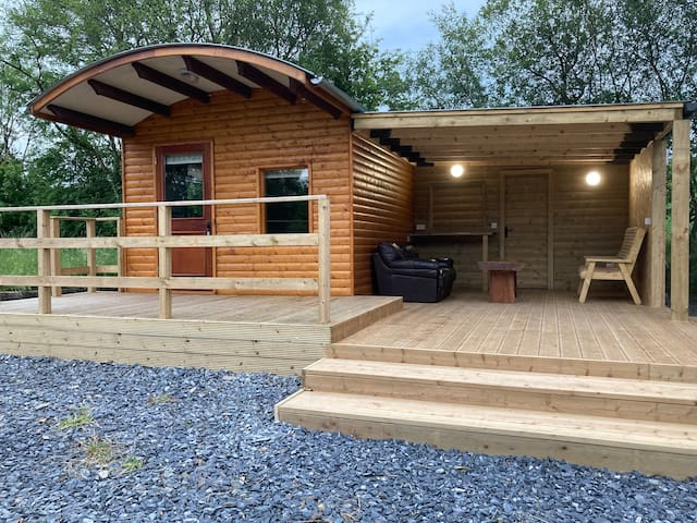 Little House On Baraghy Glamping