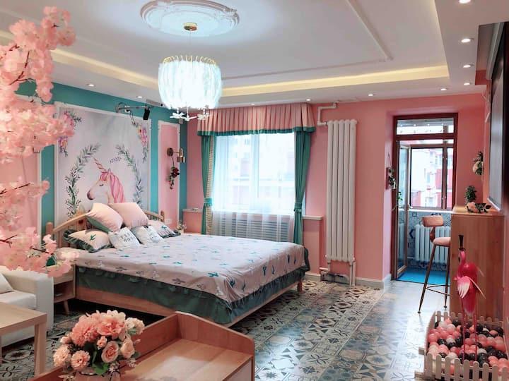 ❤️【安妮的家】❤️中央大街入口处/索菲亚教堂/百寸投影/全屋小米智能电器/城市中央的浪漫美屋🌹