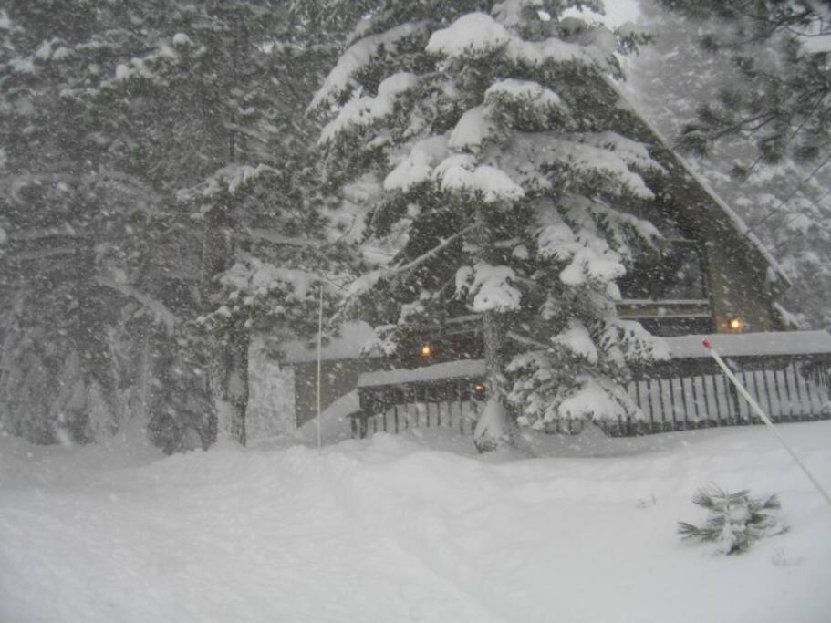 Located at 6,250 foot elevation the cabin gets plenty of snow every year!