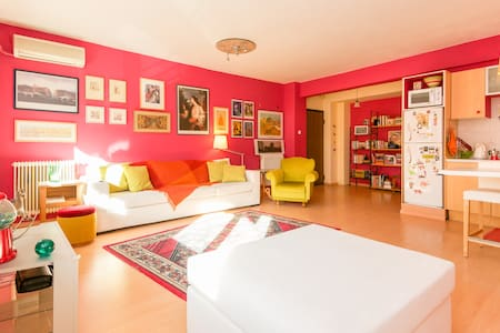 Artistic apartment in Thessaloniki