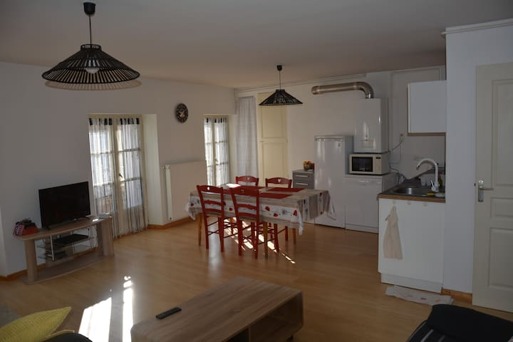 Appartement 63 m² en plein centre ville - Le Puy-en-Velay - Pis