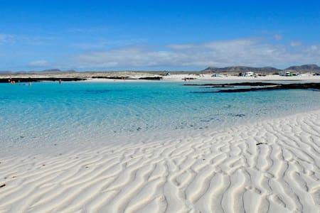 CASA PARADISE, El COTILLO, BEACH & WIF I& COMFORT - El Cotillo