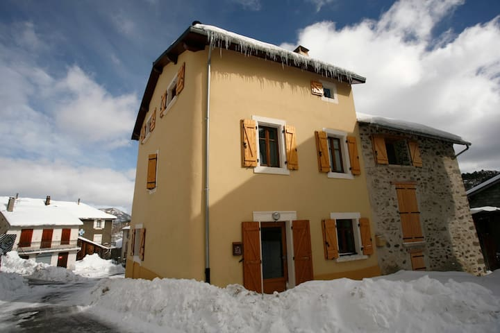 Cottage 15 people, Pyrénées, France - Le Pla