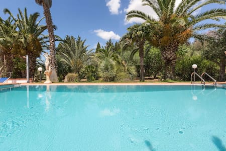 Villa with swimming pool Salento - Ugento - Villa