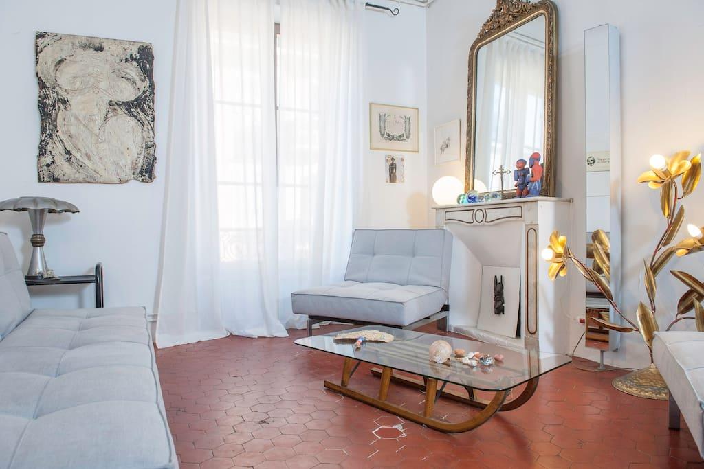 séjour : coin détente / living room: sitting area