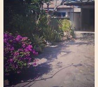 Rumah Mama Yati - Buleleng