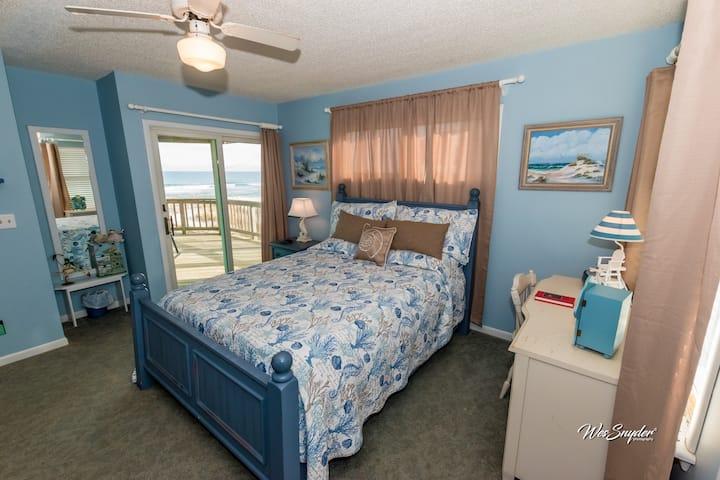 Oceanfront room Hatteras Island #1