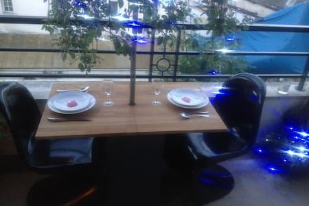 Beau studio lumineux à 5 mins Paris - Charenton-le-Pont - Appartement