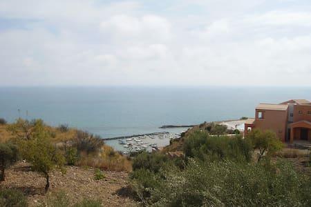 nice flat sea view close Agrigento - House