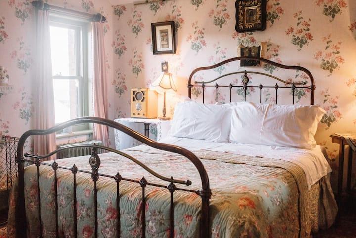 Victorian seaside Villa - NANNY HAWKINS