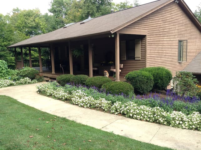 Mid-Ohio Sports Country Home - Mansfield - Bed & Breakfast