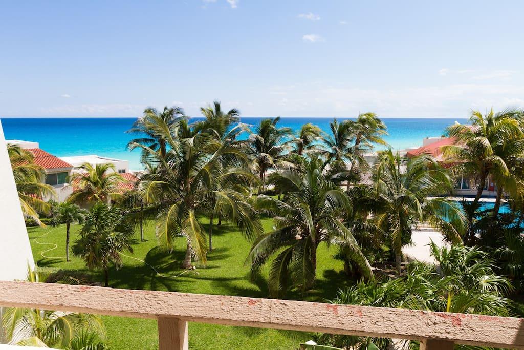 Caribbean sea facing balcony