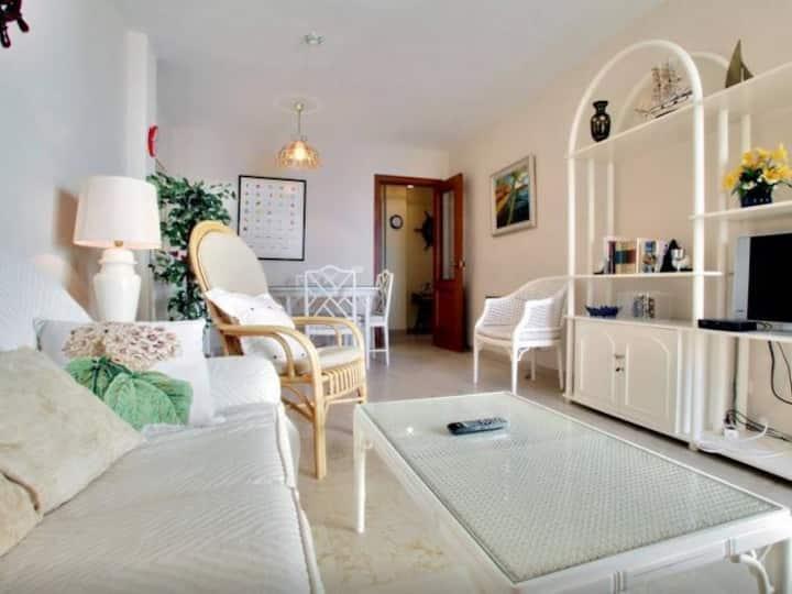 [505] Acogedor apartamento con piscina y WiFi en Estepona