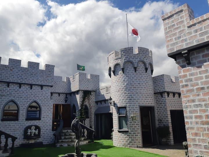 Eagle Castle - Roman Suite