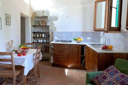 Charming Tuscan Hideaway - Castiglion Fiorentino