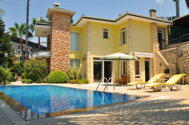 Villa Konakli 800 Meter  zum Meer