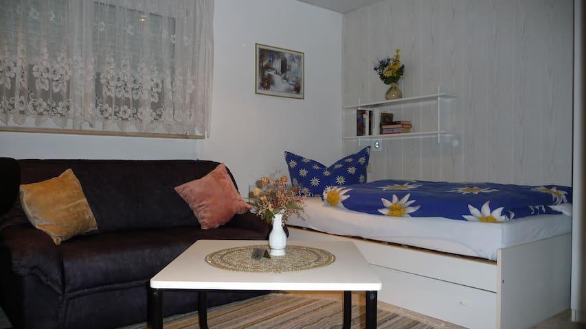 Zimmer in Bungalow nache Zentrum