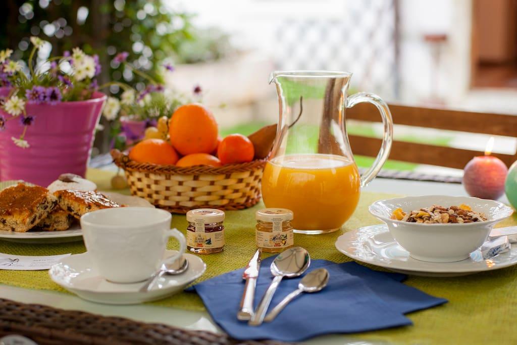 Enjoy a healthy mediterranean breakfast